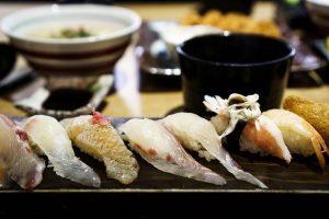 le sashimi et les sushis